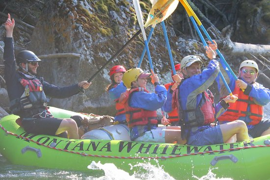Gallatin Gateway, MT: Fun rafting!
