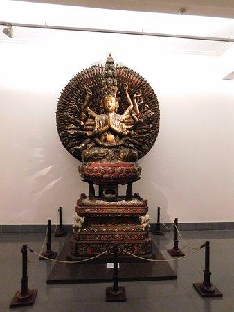 Museo de Bellas Artes (Bao Tang My Thuat): buddha statue