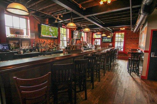 Bel Air, MD: Downstairs bar