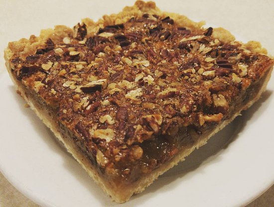 Milaca, Миннесота: Our delicious, made from scratch Pecan Pie Bar