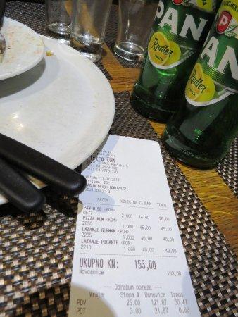 Konoba Kum: ラザニア2皿、ピザ1枚、ビール2本で3000円程・・・安い!!