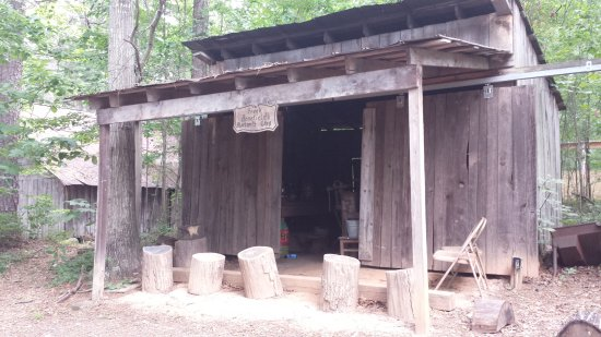 Stately Oaks Plantation: The blacksmith shop (replica) on the premises.
