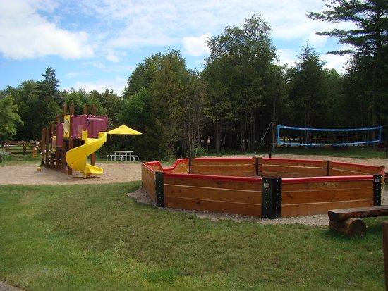 Petoskey, MI: Play area/ GAGA pit/ Volley Ball