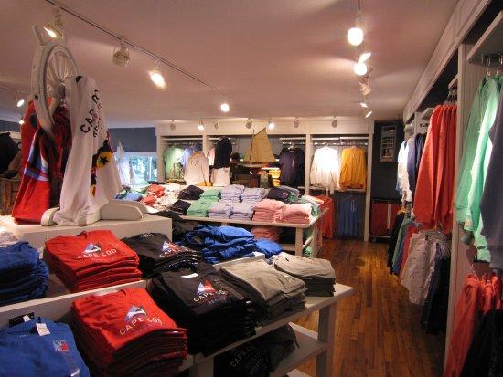 West Dennis, แมสซาชูเซตส์: Shirts