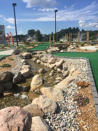 Lake City Miniature Golf: photo2.jpg