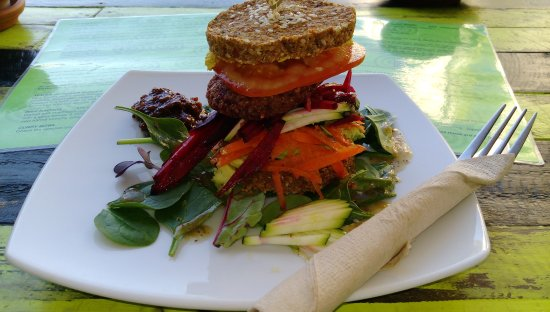 Coolum Beach, Australia: Veggie Burger stack