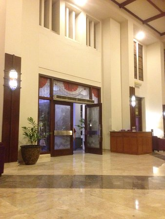 Grand Inna Malioboro: Classic hotel with jati wood furniture and they will treat you warmly. I love their staff, so fr