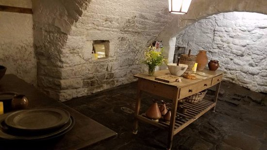 Culross, UK: A kitchen used as a tavern in the series