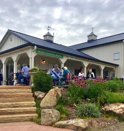 Ignacio, CO: Fox Fire Farms Winery