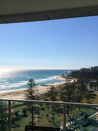 Coolangatta, Australia: Picturesque, pristine waters .