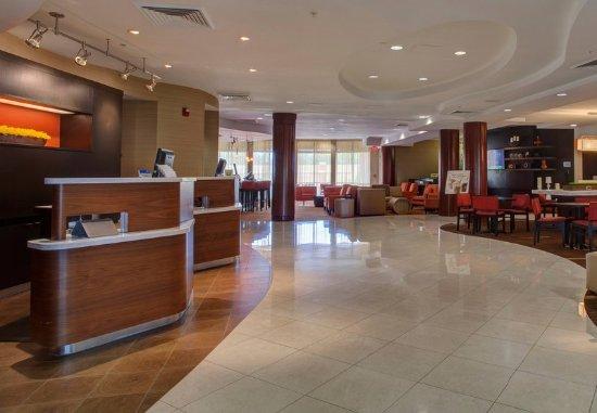 Orange Park, FL: Lobby