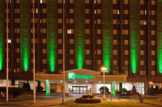 Holiday Inn Binghamton Hotel Exterior Night Photo