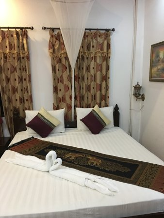 Singharat Guest House Photo