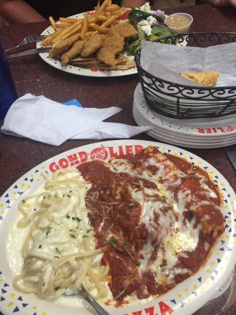 Gondolier Italian Restaurant and Pizza: photo3.jpg