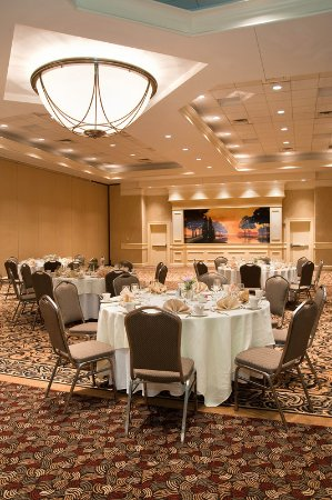 Fairview Heights, IL: Ballroom