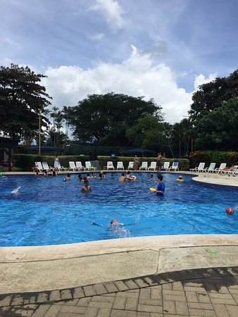 San Antonio De Belen, Costa Rica: Great weather to enjoy the pool