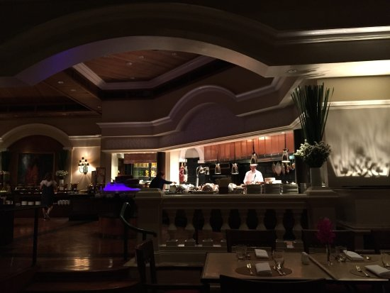 The Dining Room at Grand Hyatt Erawan Bangkok: photo3.jpg