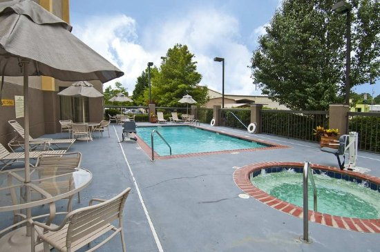 Pearl, MS: Outdoor Pool