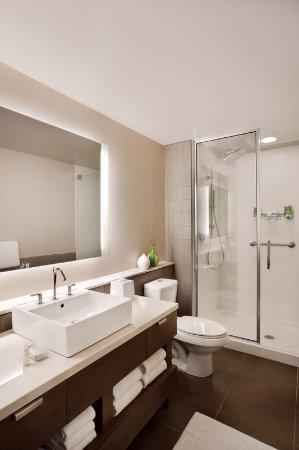 Lexington, MA: Bathroom