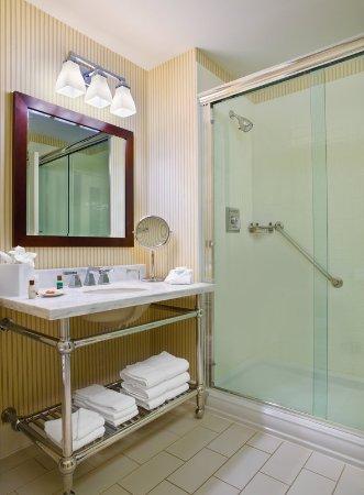 วูดเบอรี, มินนิโซตา: Bathroom