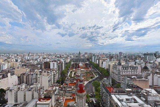 Sheraton Buenos Aires Hotel & Convention Center: Plaza del Congreso