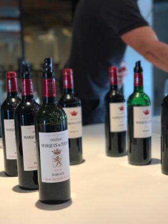Lignan-De-Bordeaux, Francia: Tasting time