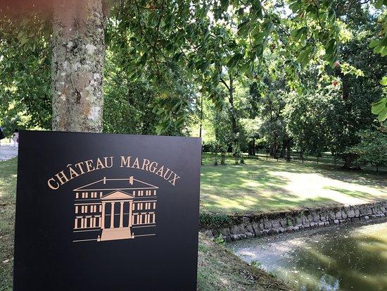 Lignan-De-Bordeaux, Francia: Chateau Margaux