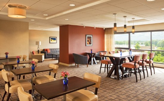 Eatontown, NJ: Club Lounge