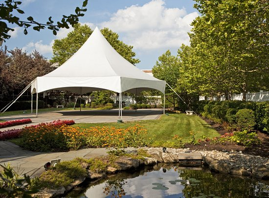 Eatontown, NJ: Garden gazebo