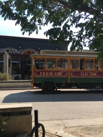 Moose Jaw Trolley: Wonderful trolley ride. Pizza stop was so unexpected and a nice surprise