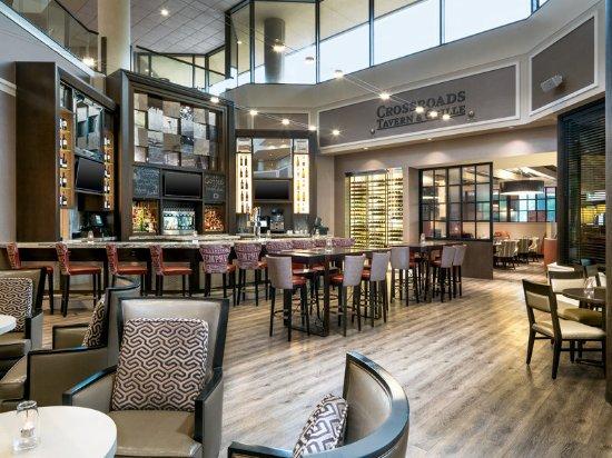 Sheraton Memphis Downtown Hotel : Crossroads Tavern
