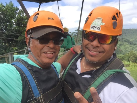 Toro Verde Nature Adventure Park: Great places to visit. Different types of zip-lines.