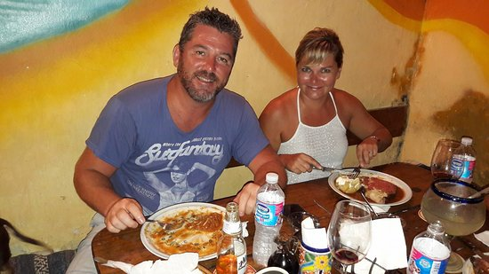 Manne's Biergarten: Spaghetti bolognese and prime rib