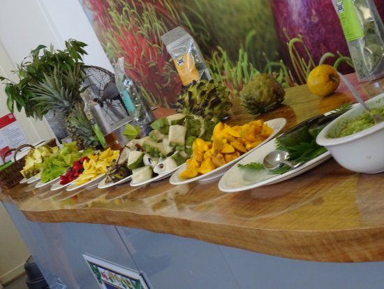 Duranbah, Australia: The fruit tasting set up - though we were reminded 'it's a tasting, not a buffet'.