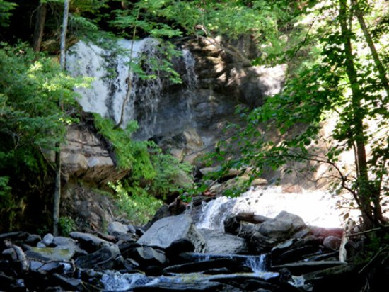 Strafford, VT: Old City Falls Two Plunges CLOSER