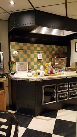 Banks Mansion: Breakfast