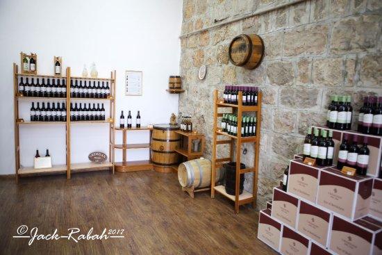 Beit Jala, Filistin Toprakları: Wine shop