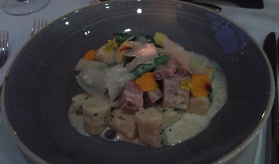 Wellington, South Africa: Tender Pork Gnocchi with vegetables in a delectable sauce. Simply Heavenly......