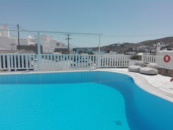 Mykonos Essence Hotel: IMG_20170610_145944_large.jpg