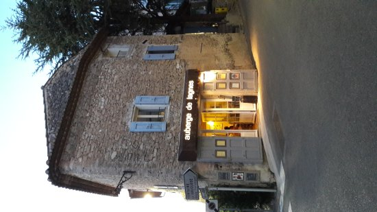 Vaucluse, France: 20170811_210850_large.jpg