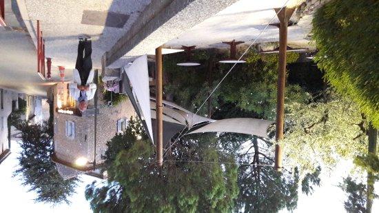 Vaucluse, Γαλλία: 20170811_210915_large.jpg