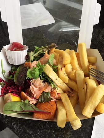 St Monans, UK: Hot Smoked Salmon, chips, salad and spiced pickled onion (in tub).