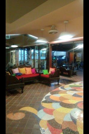 Seva Cafe: Waiting room