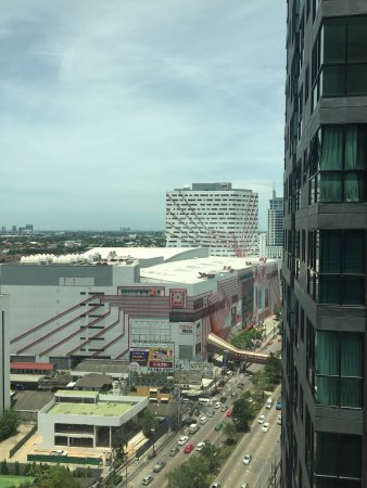 Pak Kret, Tajlandia: Central Plaza from Best Western