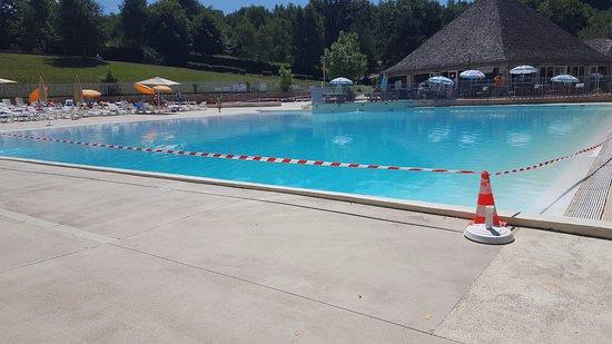 Aveyron, Frankreich: Pompes en panne, 3 jours sans piscine !!