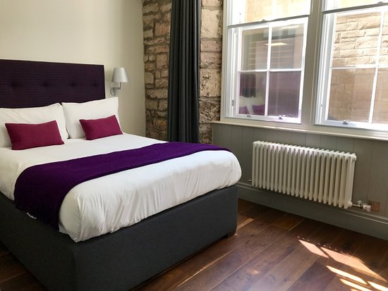 old town chambers one bedroom capital apartment nice king size bed
