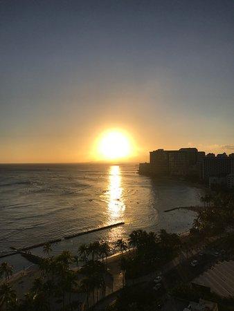Waikiki Beach Marriott Resort & Spa: Deluxe ocean view