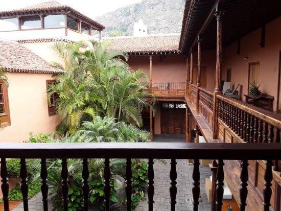 Hotel La Quinta Roja: Patio