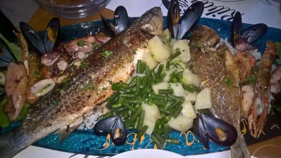 Konoba Ribar : Plenty of Fish on this Dish!
