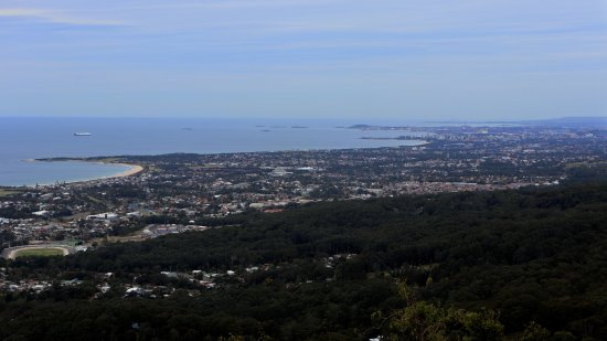 Bulli Tops, Australia: The view from outside